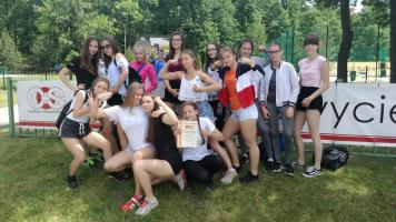 Zwycięstwo dziewcząt ze Szkoły Podstawowej nr 10
